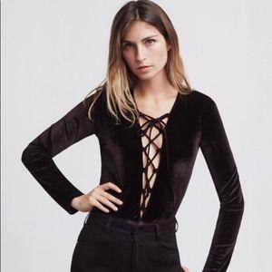 Reformation Avalon Black Velvet Bodysuit L…